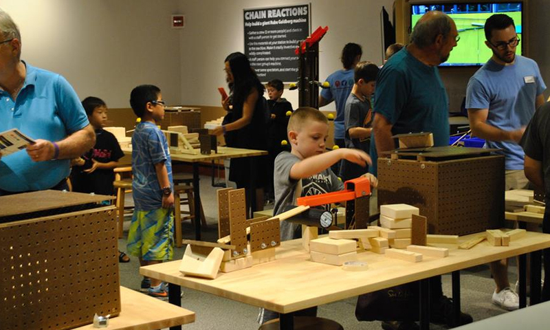 Create an oversized, collaborative Chain Reaction Machine at our special winter break event