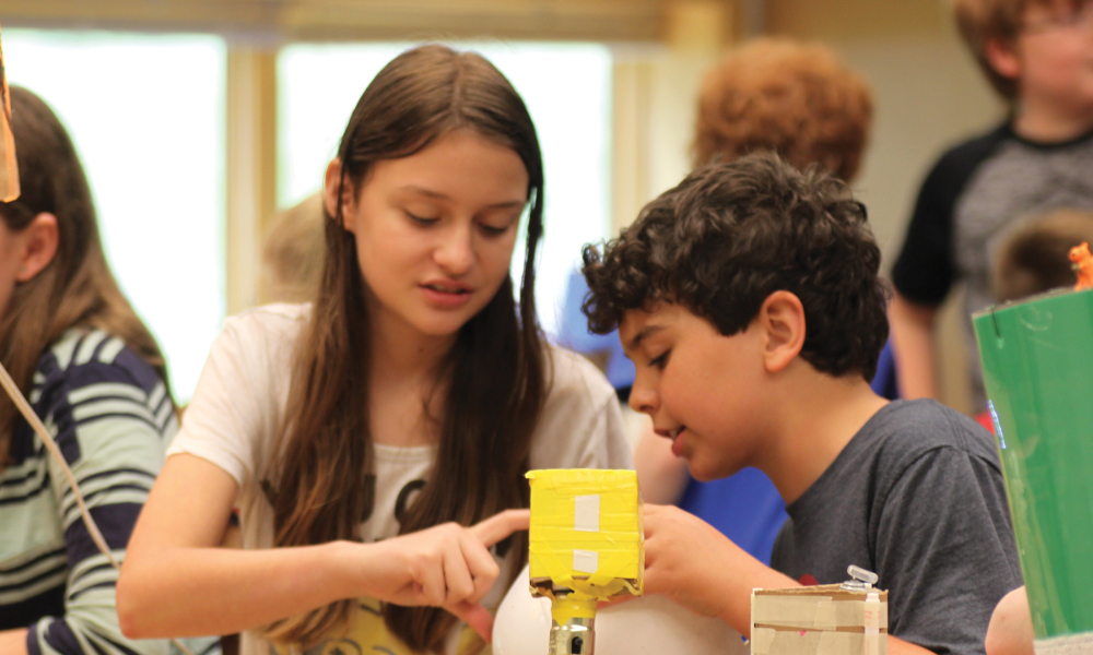 Join other homeschoolers in a three-part series of inquiry-based science education.